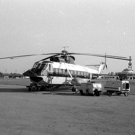 Sikorsky S61N with ground support tenders